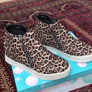 Shoes - Leopard Zipper Sneakers